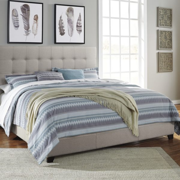 Queen Beige Bed Affordable Portables