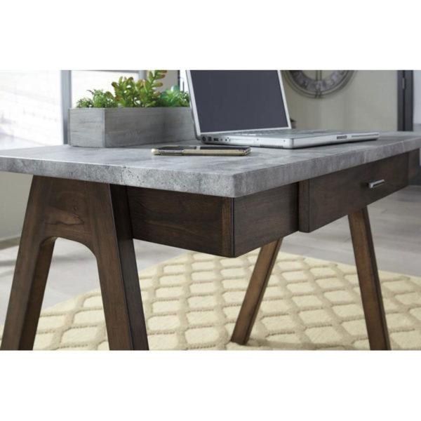 Joshton Desk